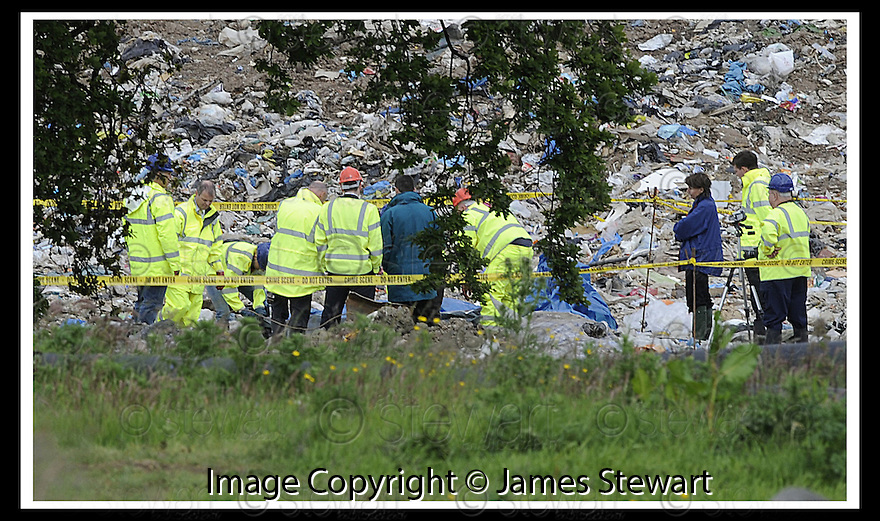 12/06/2008   Copyright Pic: James Stewart.File Name : sct_01_body_find.**PLEASE LEGAL BEFORE USE **.OFFICERS FROM CENTRAL SCOTLAND POLICE AT THE AVONDALE LANDFILL SITE WHERE A BODY, BELIEVED TO BE JOHN MCANISH, WAS FOUND...James Stewart Photo Agency 19 Carronlea Drive, Falkirk. FK2 8DN      Vat Reg No. 607 6932 25.Studio      : +44 (0)1324 611191 .Mobile      : +44 (0)7721 416997.E-mail  :  jim@jspa.co.uk.If you require further information then contact Jim Stewart on any of the numbers above........