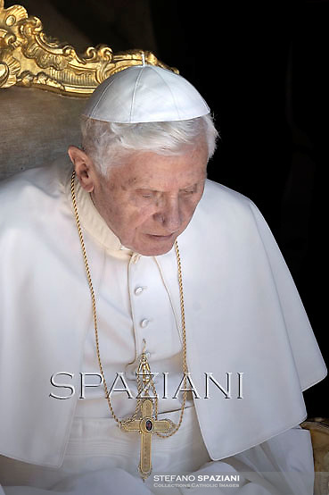 Pope Benedict XVI during his weekly general audience in the courtyard of his summer residence of Castelgandolfo, 40 kms south-east of Rome,   on August 1, 2012.