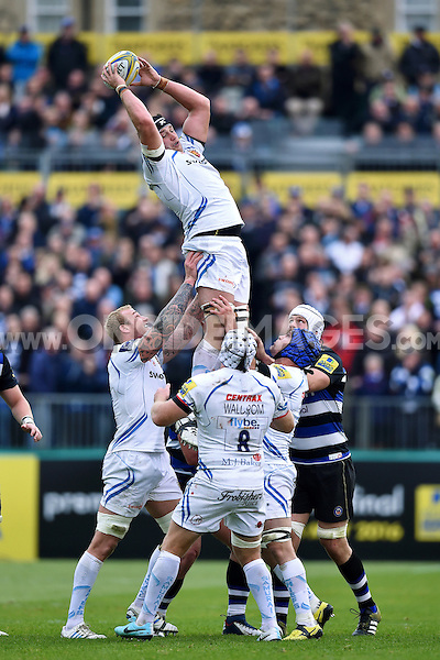 Mitch Lees of Exeter Chiefs rises high to win lineout ball. Aviva Premiership match, between Bath Rugby and Exeter Chiefs on October 17, 2015 at the Recreation Ground in Bath, England. Photo by: Patrick Khachfe / Onside Images