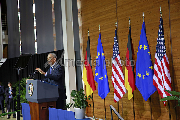 25 April 2016 - Hannover Messe -US President Barack Obama holds his keynote speech in the presence of the German Chancellor on 25 April 2016 at Hanover Fair. Photo Credit: Stocki/face to face/AdMedia