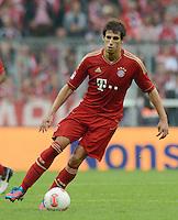 FUSSBALL   1. BUNDESLIGA  SAISON 2012/2013   2. Spieltag  02.09.2012 FC Bayern Muenchen - VfB Stuttgart       Javi Martinez (FC Bayern Muenchen) am Ball