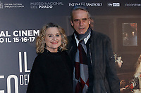 Jeremy Irons with his wife Sinead Cusack<br />