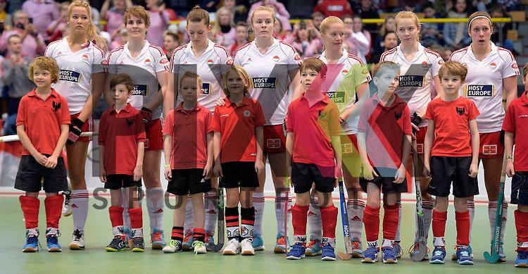 GER - Luebeck, Germany, February 06: During the 1. Bundesliga Damen indoor hockey semi final match at the Final 4 between Rot-Weiss Koeln (white) and Mannheimer HC (blue) on February 6, 2016 at Hansehalle Luebeck in Luebeck, Germany. Final score 1-2 (HT 0-2).  <br /> <br /> Foto &copy; PIX-Sportfotos *** Foto ist honorarpflichtig! *** Auf Anfrage in hoeherer Qualitaet/Aufloesung. Belegexemplar erbeten. Veroeffentlichung ausschliesslich fuer journalistisch-publizistische Zwecke. For editorial use only.