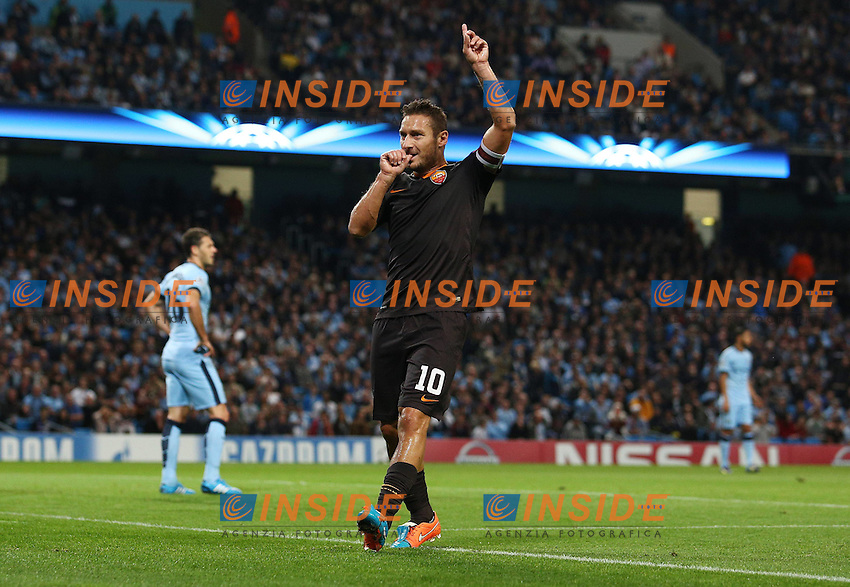Esultanza di Francesco Totti dopo il gol <br /> Francesco Totti of Roma celebrates scoring his goal to make it 1-1 <br /> Francesco Totti of Roma Celebrates Scoring His Goal to Make It 1 1  <br /> Manchester 30-09-2014 Etihad Stadium Champions League Manchester City - Roma <br /> Foto Imago/Bpi/Insidefoto