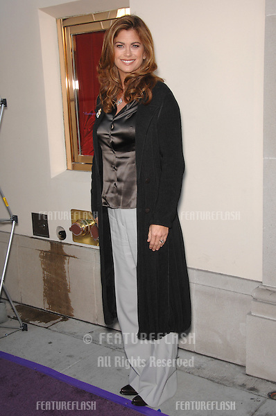 Kathy Ireland at Geary's Beverly Hills to celebrate the release of Dame Elizabeth Taylor's House of Taylor Holiday Collection of jewelry..November 10, 2007  Beverly Hills, CA.Picture: Paul Smith / Featureflash
