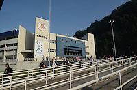 SANTOS, SP, 07 MARÇO 2013 - VELÓRIO CANTOR CHORÃO -Movimento  Corpo do vocalista Alexandre Magno Abrão, o Chorão, da banda Charlie Brown Jr., é velado no ginásio esportivo Arena Santos, nesta quinta-feira, 07, na Baixada Santista. Chorão foi encontrado morto na manhã de hoje, em seu apartamento, em São Paulo. (FOTO: ADRIANO LIMA / BRAZIL PHOTO PRESS).
