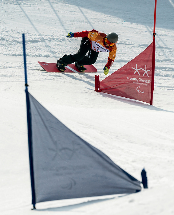 PyeongChang 12/3/2018 - Colton Liddle during the snowboard cross competition at the Jeongseon Alpine Centre during the 2018 Winter Paralympic Games in Pyeongchang, Korea. Photo: Dave Holland/Canadian Paralympic Committee