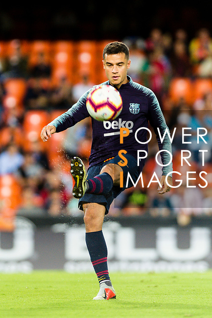 Philippe Coutinho of FC Barcelona warming up during their La Liga 2018-19 match between Valencia CF and FC Barcelona at Estadio de Mestalla on October 07 2018 in Valencia, Spain. Photo by Maria Jose Segovia Carmona / Power Sport Images