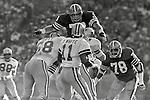 NFL: 49ers_1981_82