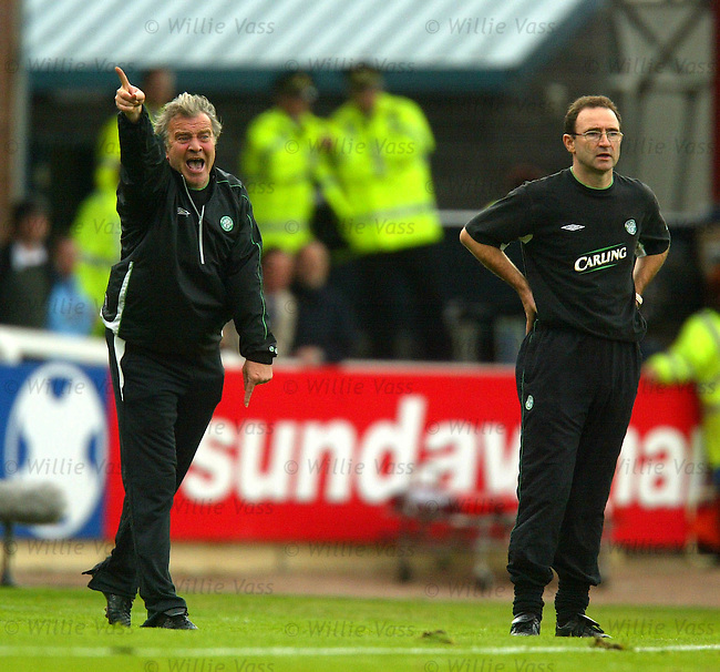 John Robertson and Martin O'Neill, Celtic.stock season 2003-04..pic willie vass
