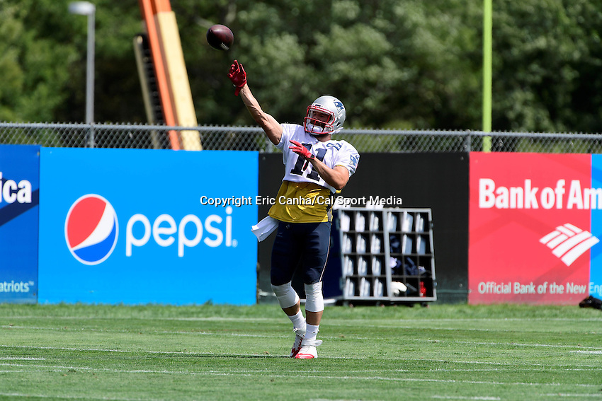 Monday, August 8, 2016: New England Patriots wide receiver Julian Edelman (11) throws the ball during a joint training camp session between the Chicago Bears and the New England Patriots held at Gillette Stadium in Foxborough Massachusetts. Eric Canha/CSM