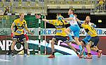 GER - Mannheim, Germany, September 23: During the DKB Handball Bundesliga match between Rhein-Neckar Loewen (yellow) and TVB 1898 Stuttgart (white) on September 23, 2015 at SAP Arena in Mannheim, Germany. Final score 31-20 (19-8) . (Photo by Dirk Markgraf / www.265-images.com) *** Local caption ***