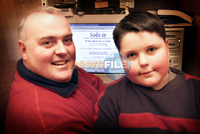 James O'Neill who has set up Solo.ie a website for support for people parenting alone pictured with his son DJ..Picture: Paul Mohan/Newsfile