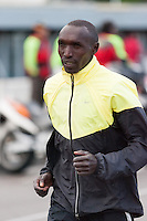 Julius Chepkwony warm up moments after marathon starts
