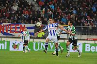 VOETBAL: HEERENVEEN: Abe Lenstra Stadion, 4-11-2012, SC Heerenveen - PEC Zwolle, Alfreð Finnbogason (#11   SCH), Bram van Polen (#)2   PEC Zwolle, Eindstand 2-0, ©foto Martin de Jong