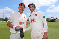 Ryan ten Doeschate of Essex presents Neil Wagner with a club tie to thank him for his service during 2017 during Essex CCC vs Warwickshire CCC, Specsavers County Championship Division 1 Cricket at The Cloudfm County Ground on 22nd June 2017