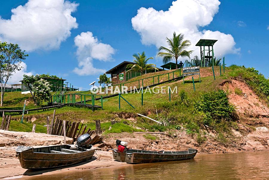 Destacamento São Salvador do 61 Batalhão de Infantaria de Selva no rio Moa, Programa Fronteira Vigiada Protegida. Mancio Lima. Acre. 2014,  Foto : Sergio Amaral.