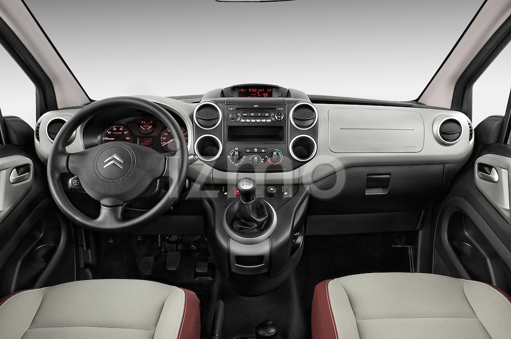 Straight dashboard view of a 2008 - 2014 Citroen BERLINGO Multispace 5-Door Mini Mpv 2WD