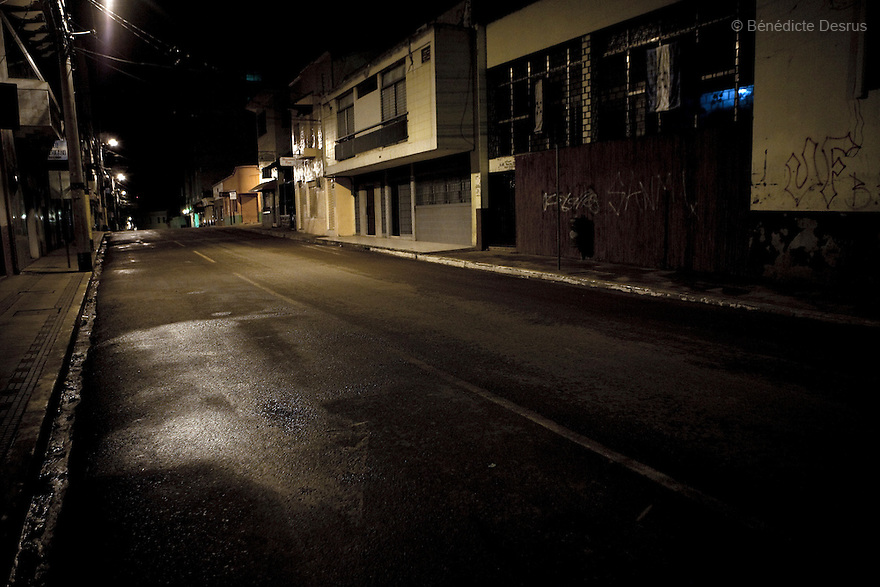 8 July 2009 - Tegucigalpa, Honduras  Empty streets of Tegucigalpa after the10:00 curfew. Which was mandated by the government for the two weeks following the coup. Photo credit: Benedicte Desrus