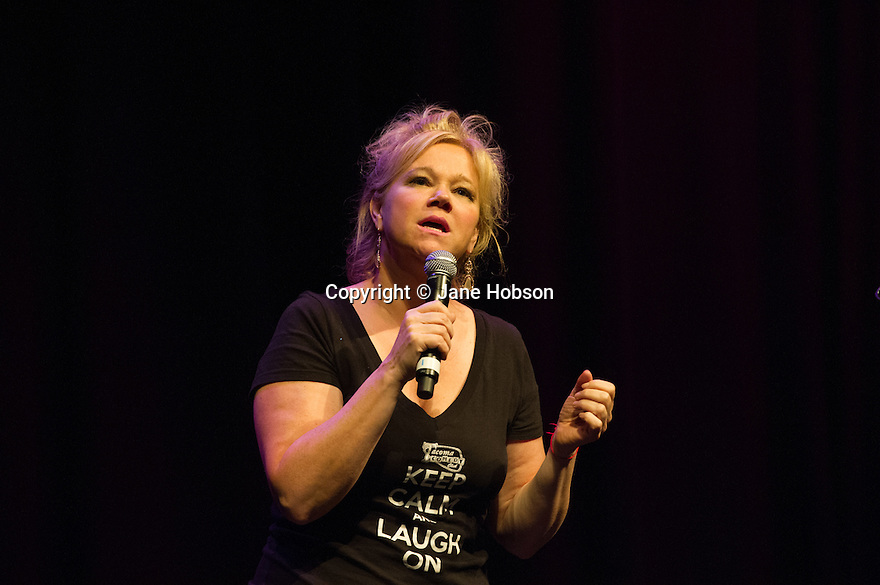 Edinburgh, UK. 13.08.13.  Caroline Rhea performs at the Big C Comedy Gala, in aid of Macmillan Cancer Support, as part of the Edinburgh Festival Fringe.  Photograph © Jane Hobson.