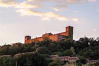 Il castello di Montalto Pavese (Pavia) --- The castle of Montalto Pavese (Pavia)