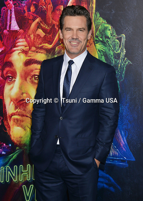 James Brolin 137 at the  Inherent Vice  Premiere at the TCL Chinese Theatre in Los Angeles.