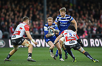 4th January 2020; Kingsholm Stadium, Gloucester, Gloucestershire, England; English Premiership Rugby, Gloucester versus Bath; Tom Homer of Bath prepares for contact with Freddie Clarke and Franco Mostert of Gloucester - Editorial Use