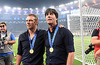 FUSSBALL WM 2014                       FINALE   Deutschland - Argentinien     13.07.2014 DEUTSCHLAND FEIERT DEN WM TITEL: Bundestrainer Joachim Loew (re) und Co-Trainer Hans Dieter Flick (li)