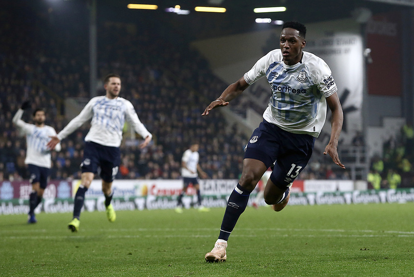 Everton's Yerry Mina<br /> <br /> Photographer Rich Linley/CameraSport<br /> <br /> The Premier League - Burnley v Everton - Wednesday 26th December 2018 - Turf Moor - Burnley<br /> <br /> World Copyright © 2018 CameraSport. All rights reserved. 43 Linden Ave. Countesthorpe. Leicester. England. LE8 5PG - Tel: +44 (0) 116 277 4147 - admin@camerasport.com - www.camerasport.com