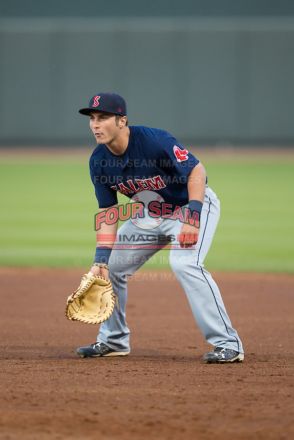 Salem Red Sox first baseman Nick Longhi (21) on defense against the Winston-Salem Dash at BB&T Ballpark on April 15, 2016 in Winston-Salem, North Carolina.  The Red Sox defeated the Dash 3-2.  (Brian Westerholt/Four Seam Images)