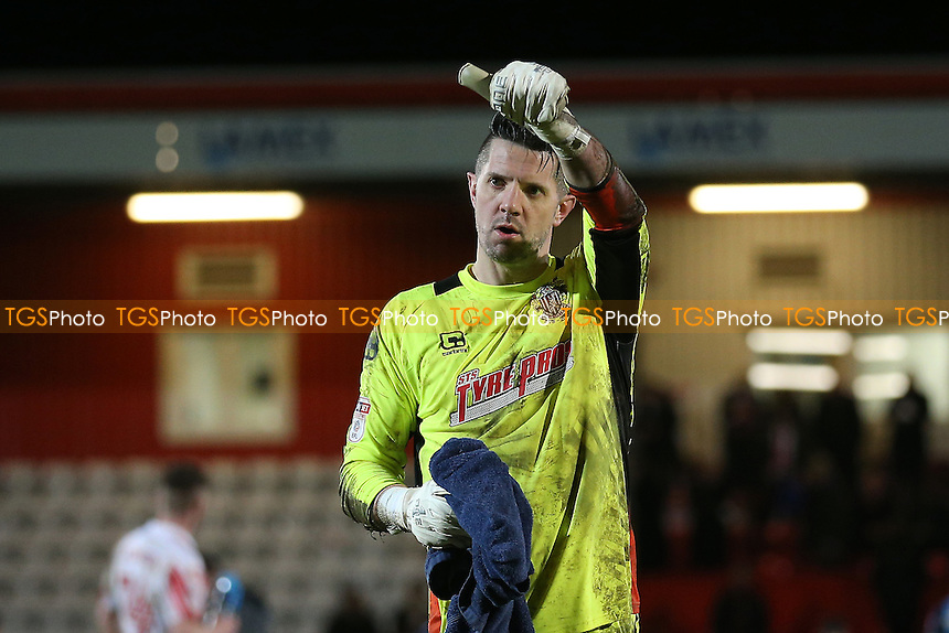 Chris Day of Stevenage thanks the fans after Stevenage vs Leyton Orient, Sky Bet EFL League 2 Football at the Lamex Stadium on 28th February 2017