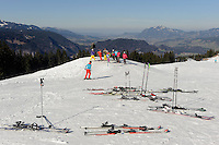 Skipiste  auf dem Söllereck bei  Oberstdorf im Allgäu, Bayern, Deutschland<br /> piste on Mt.  Sellereck  near Oberstdorf, Allgäu, Bavaria, Germany