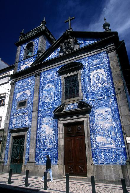 Almas Chapel, Porto, Porto District, Portugal, Europe