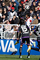 Rayo Vallecano's Javi Fuego and Real Valladolid's Manucho and Bueno during La Liga  match. February 24,2013.(ALTERPHOTOS/Alconada)