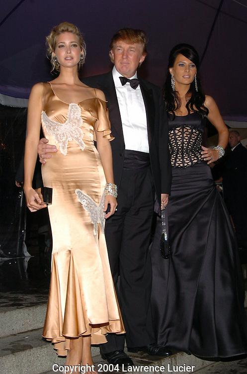 Ivanka Trump, Donald Trump, and Melania Knauss