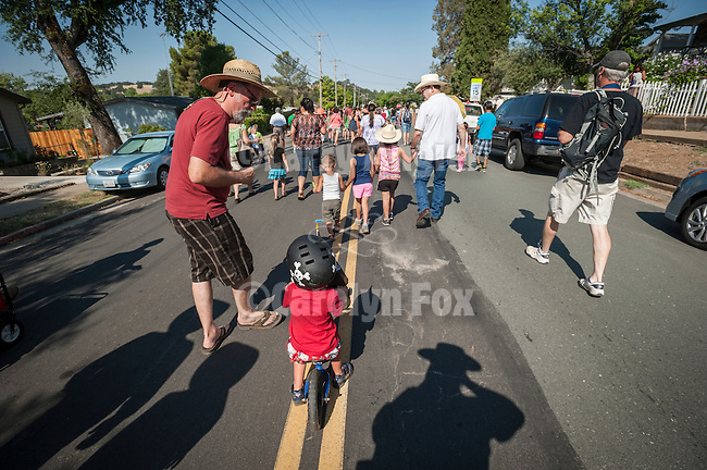 Opening day kids parade on Main Street and ribbon cutting to open the 75th Amador County Fair, Plymouth, Calif.
