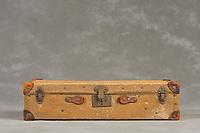 Willard Suitcases / Edna E / ©2014 Jon Crispin