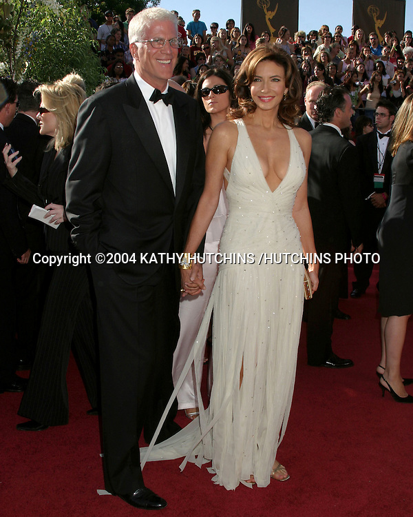 ©2004 KATHY HUTCHINS /HUTCHINS PHOTO.56TH ANNUAL PRIMETIME EMMY'S.SHRINE AUDITORIUM.LOS ANGELES, CA.SEPTEMBER 19, 2004..TED DANSON.MARY STEENBERGEN