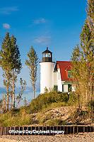 64795-00913 Point Betsie Lighthouse on Lake Michigan, Benzie County, Frankfort, MI