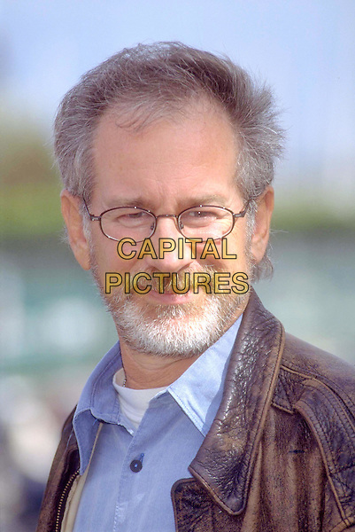 STEVEN SPIELBERG.Ref: 7726.director, beard, facial hair, glasses, headshot, portrait.www.capitalpictures.com.sales@capitalpictures.com.©Capital Pictures