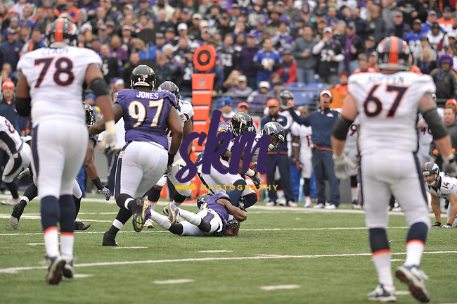 The Ravens dropped their third game in a row, as the Denver Broncos and Peyton Manning came to town and crushed the Ravens 34-17.The Ravens dropped their third game in a row, as the Denver Broncos and Peyton Manning came to town and crushed the Ravens 34-17.