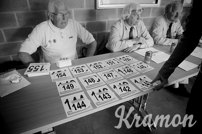 Heistse Pijl 2013<br /> <br /> picking up the race number