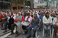 SAO PAULO, SP, 19 DE MAIO DE 2012 - O cantor Jerry Adriani se apresentou neste sabado 19 de maio, como parte da programacao  AS BELAS TARDES do Centro Cultural Banco do Brasil, no Vale de Anhangabau e Boulevard Sao Joao no centro de Sao Paulo. FOTO: GEORGINA GARCIA/ BRAZIL PHOTO PRESS.