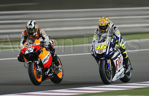 11 04 2010  11 04 2010 Doha  MotoGP Moto Valentino Rossi Fiat Yamaha team and Dani Pedrosa Repsol Honda  Action form the FIM MotoGP World Cup, Qatar.