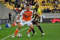 Brisbane&rsquo;s Jade North and Wellington Phoenix&rsquo; Roy Krishna in action during the A League - Wellington Phoenix v Brisbane Roar FC at Westpac Stadium, Wellington, New Zealand on Saturday 28 October.<br /> Photo by Masanori Udagawa. <br /> www.photowellington.photoshelter.com