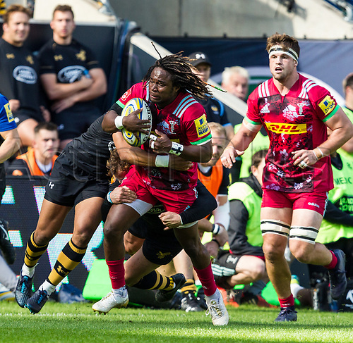 17th September 2017, Ricoh Arena, Coventry, England; Aviva Premiership rugby, Wasps versus Harlequins;  Marland Yarde makes a break for Harlequins