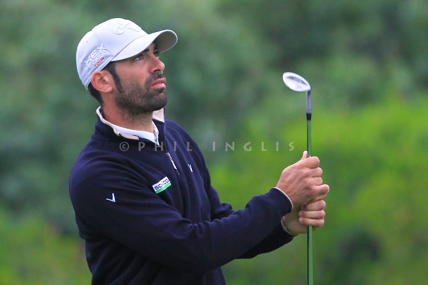 Alvaro Quiros (ESP) in practice on the 12th during the first round of the Reale Seguros Open de Espana played at the Real Club de Golf de Sevilla, Seville, Andalucia, Spain 03-06 May 2012. (Picture Credit / Phil Inglis)