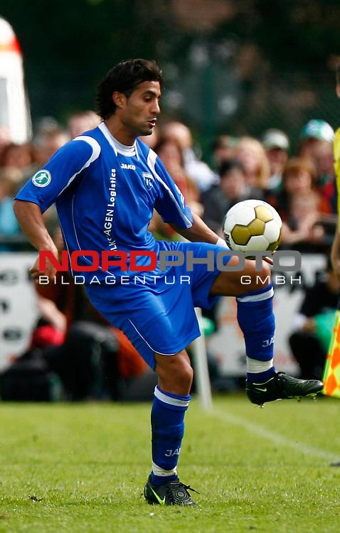 FBL  2008/2009  Testspiel<br /> Werder Bremen - Kickers Emden in Leer-Loga<br /> Raschid El Hammouchi (Kickers  #7)<br /> <br /> Foto &copy; nph (  nordphoto  )<br /> <br /> <br /> <br />  *** Local Caption ***