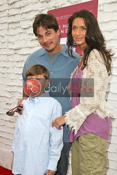 Bryan Dattilo and Jessica Denay<br />the Hot Mom's Club Book Launch Party. NanaÕs Garden, Los Angeles, CA. 04-29-06<br />Jason Kirk/DailyCeleb.com 818-249-4998