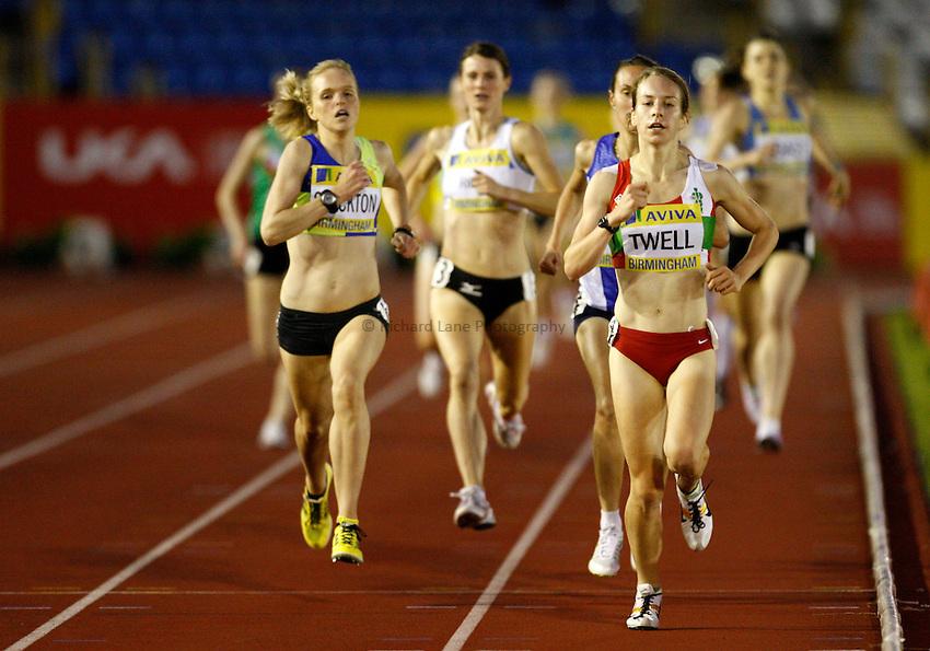 Photo: Richard Lane/Richard Lane Photography..Aviva World Trials & UK Championships athletics. 10/07/2009. Stephanie Twell leads in a women's 1500m heat.